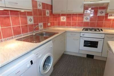 3 Bedrooms House for rent in Swan Place, Colne BB8