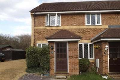 2 Bedrooms House for rent in Farriers Court, Peterborough