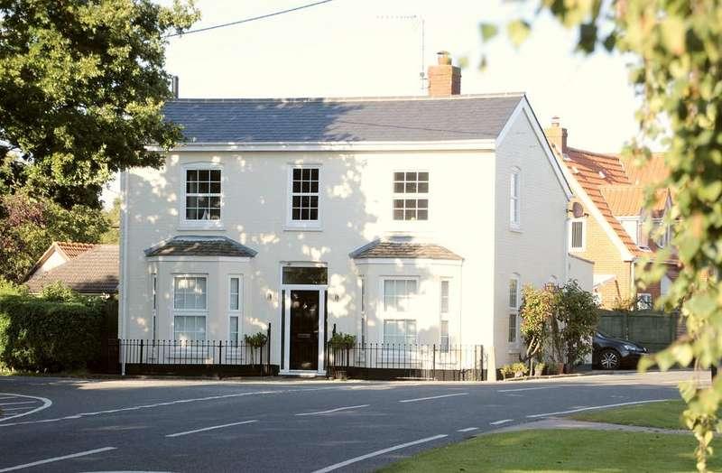4 Bedrooms Detached House for sale in Moor Road, Langham, CO4 5NR