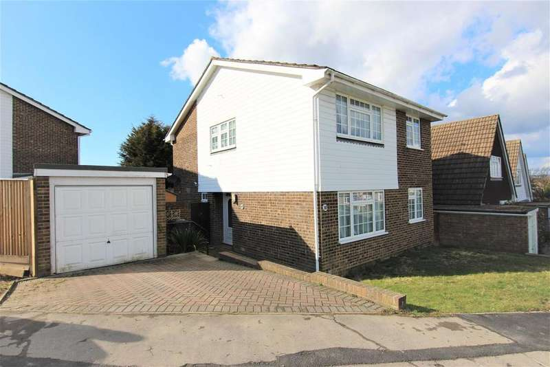 4 Bedrooms Detached House for sale in Dunstall Farm Road, Burgess Hill