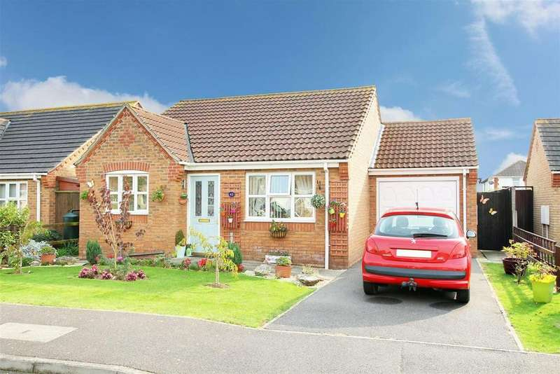 2 Bedrooms Detached Bungalow for sale in Faldos Way, Mablethorpe