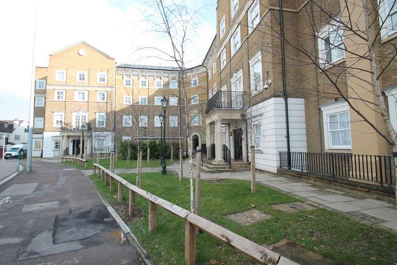 2 Bedrooms Apartment Flat for sale in Chancellors Place, Broomfield Road