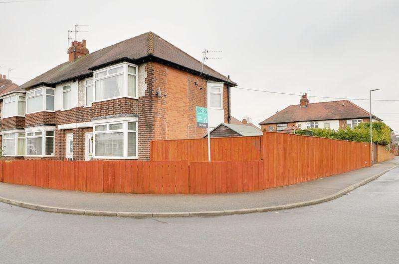 3 Bedrooms Terraced House for sale in Spring Gardens, Anlaby Common