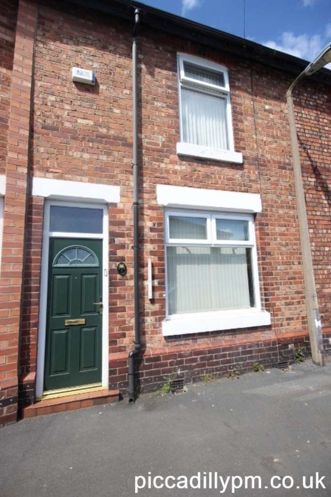 2 Bedrooms House for rent in Hancock Street, Stretford, Manchester, M32 8WH