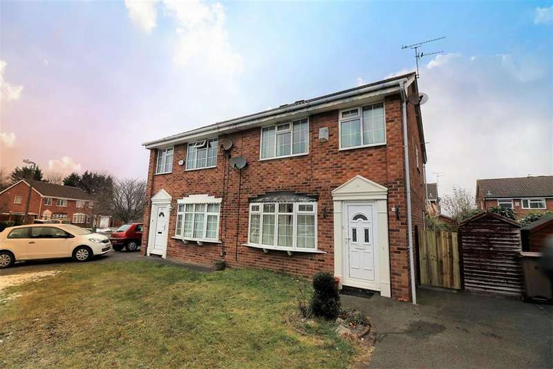 3 Bedrooms Semi Detached House for sale in Summertrees Avenue, Wirral, CH49 2QD