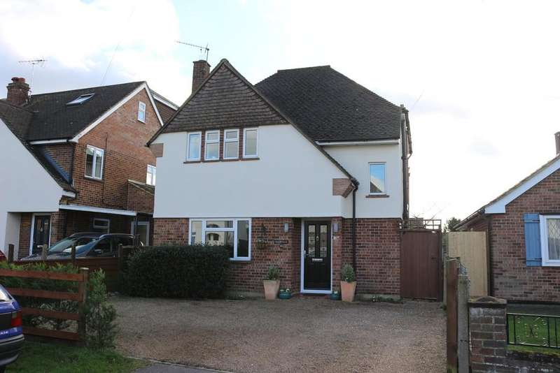 4 Bedrooms Detached House for sale in Church Road, Byfleet