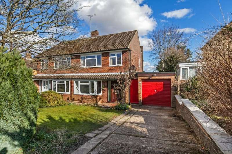 3 Bedrooms Semi Detached House for sale in Hillside Road, Teg Down, Winchester, SO22