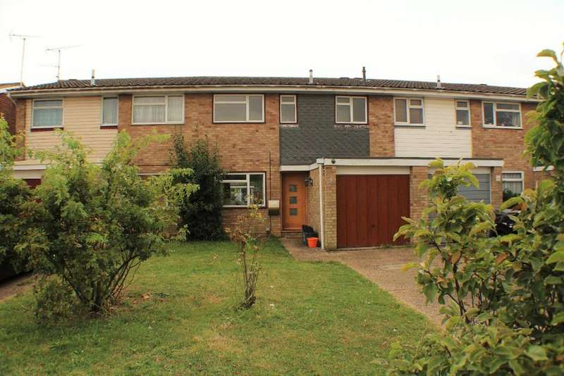3 Bedrooms Terraced House for sale in Havengore, Springfield, Chelmsford CM1