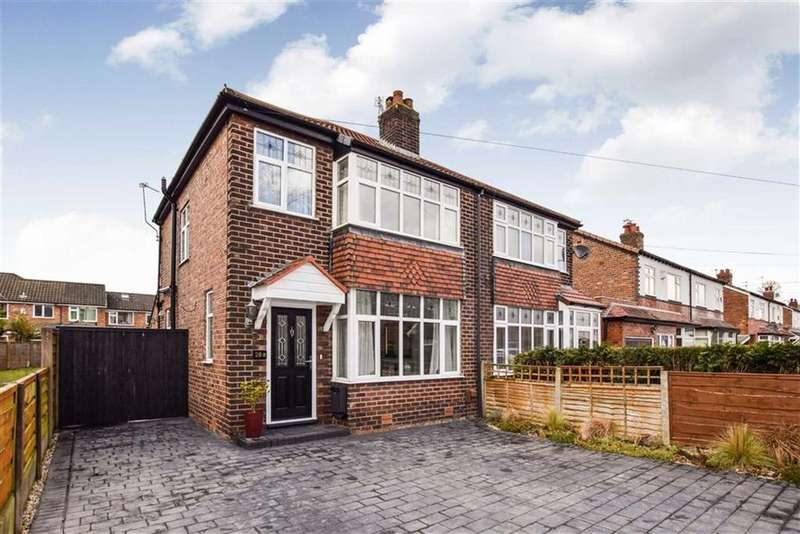 3 Bedrooms Semi Detached House for sale in Hawthorn Avenue, Timperley, Cheshire, WA15
