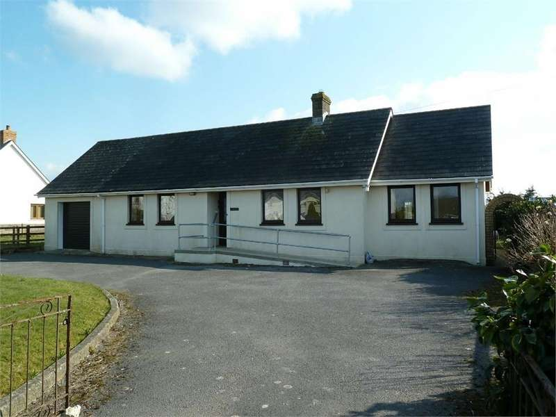 2 Bedrooms Detached Bungalow for sale in Dorfil, BONCATH, Pembrokeshire