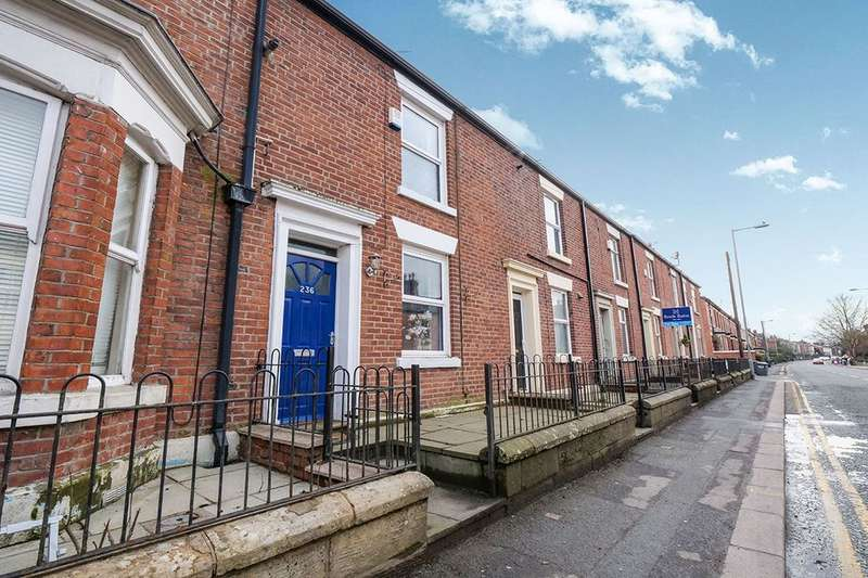2 Bedrooms Terraced House for sale in Mottram Road, Hyde, SK14