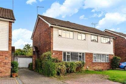 3 Bedrooms Semi Detached House for sale in Degema Road, Chislehurst