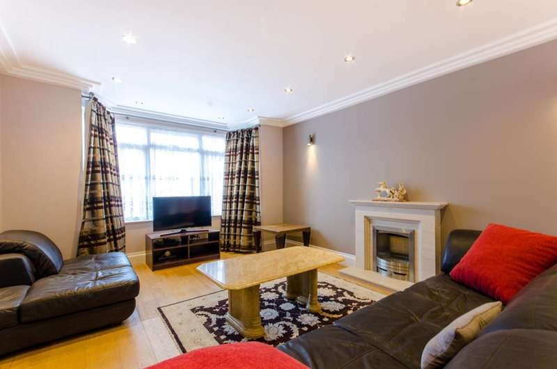 3 Bedrooms House for rent in Summit Close, Southgate, N14