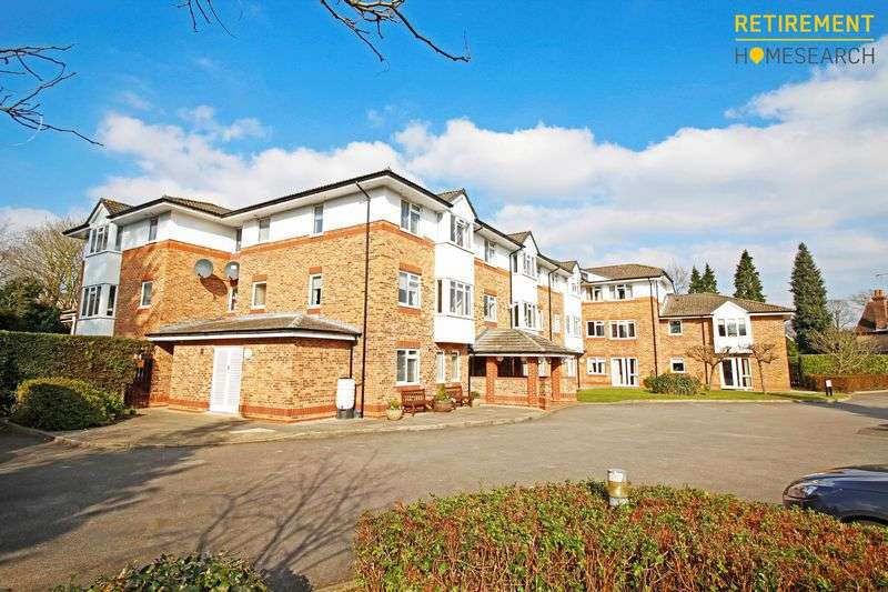 1 Bedroom Property for sale in Cedar Court, Addlestone, KT15 2LQ