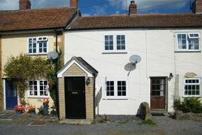 2 Bedrooms Cottage House for rent in MARTOCK