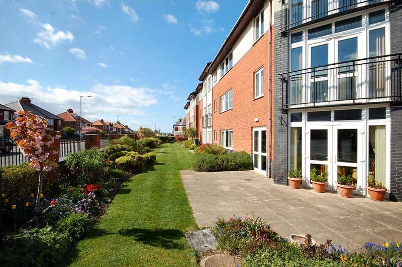 1 Bedroom Retirement Property for sale in Fairways Court, Upgang Lane, Whitby YO21
