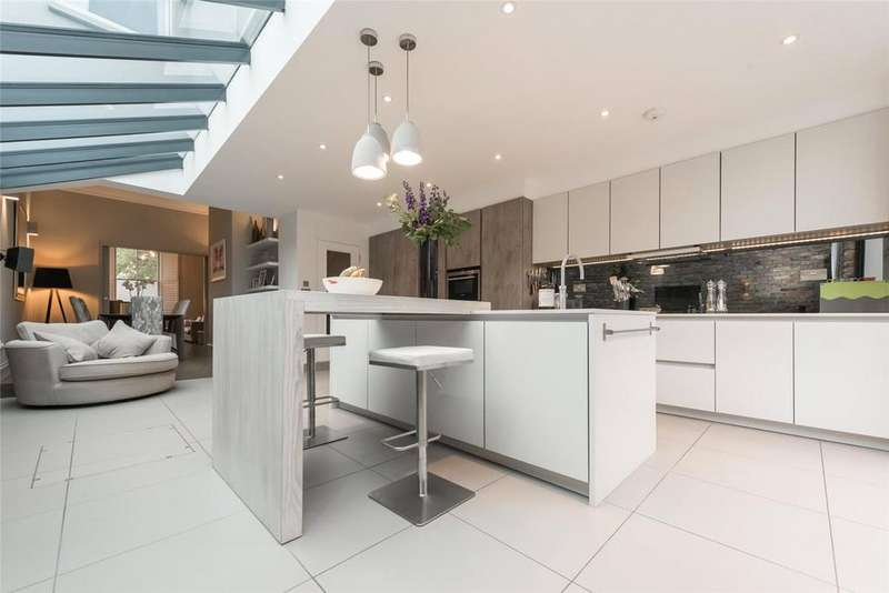 4 Bedrooms End Of Terrace House for sale in Priory Park Road, London, NW6