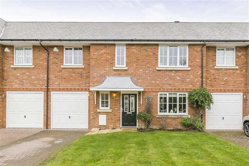4 Bedrooms Terraced House for sale in Hine Close, Epsom, Surrey