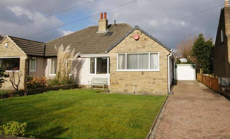 2 Bedrooms Bungalow for sale in Slead Avenue, Brighouse
