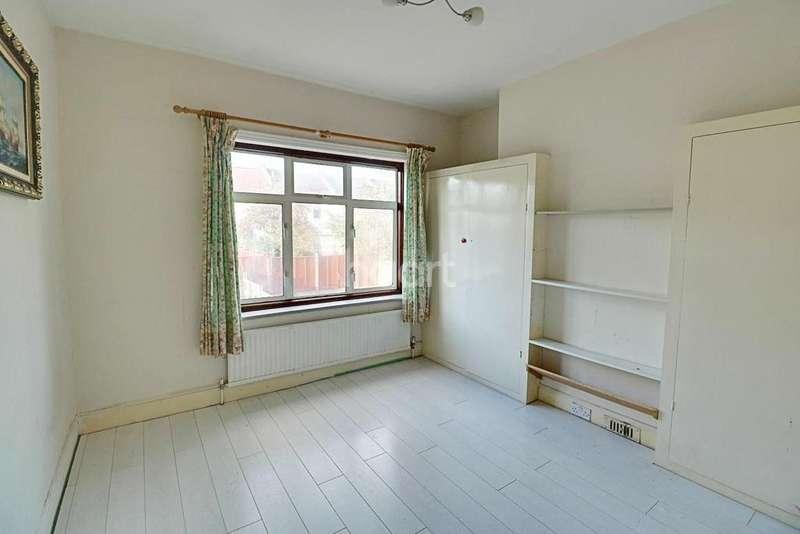 3 Bedrooms Terraced House for sale in Beechwood Avenue, Thornton Heath, CR7