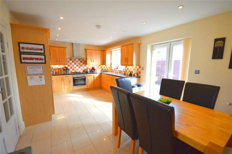 3 Bedrooms Detached House for sale in Waunfawr Road, Rhiwbina, Cardiff, CF14