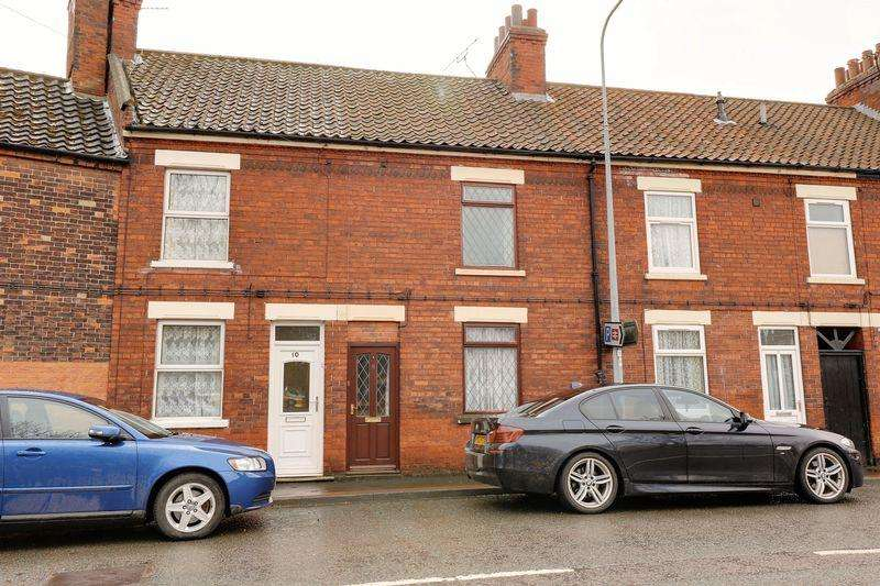 2 Bedrooms Terraced House for sale in Butts Road, Barton-Upon-Humber