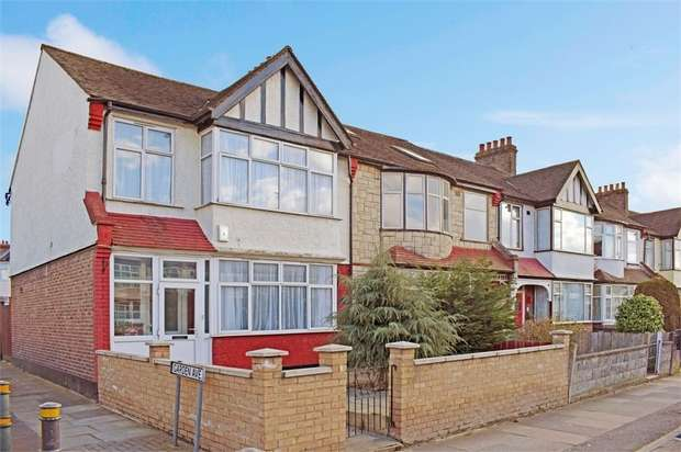 3 Bedrooms End Of Terrace House for sale in Streatham Road, Mitcham, Surrey