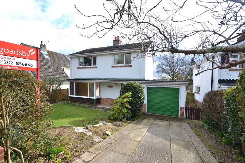 3 Bedrooms Detached House for sale in Wimborne