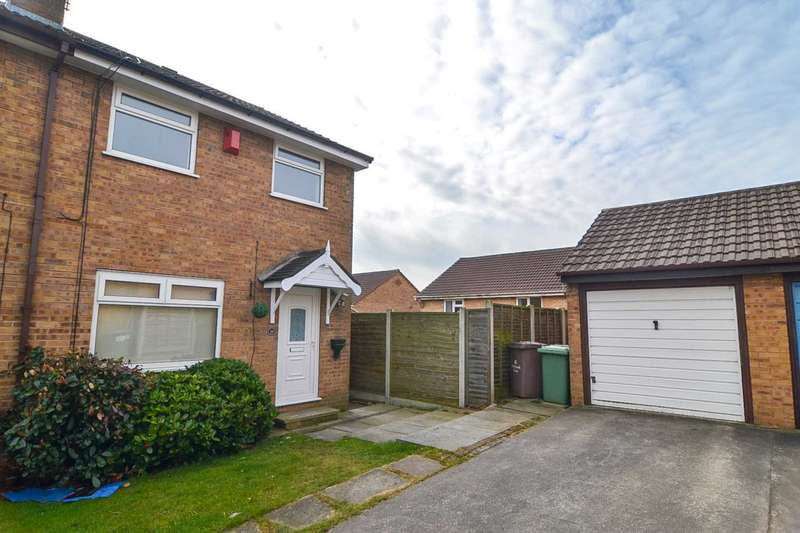3 Bedrooms Semi Detached House for sale in Redshank Close, Newton Le Willows
