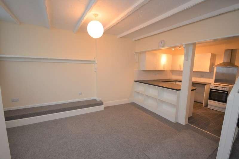 2 Bedrooms Terraced House for rent in Wilkes Road, Sandown