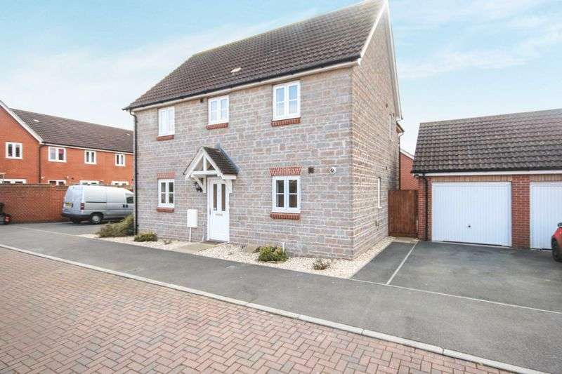 4 Bedrooms Property for sale in Cotswold Way, Bridgwater
