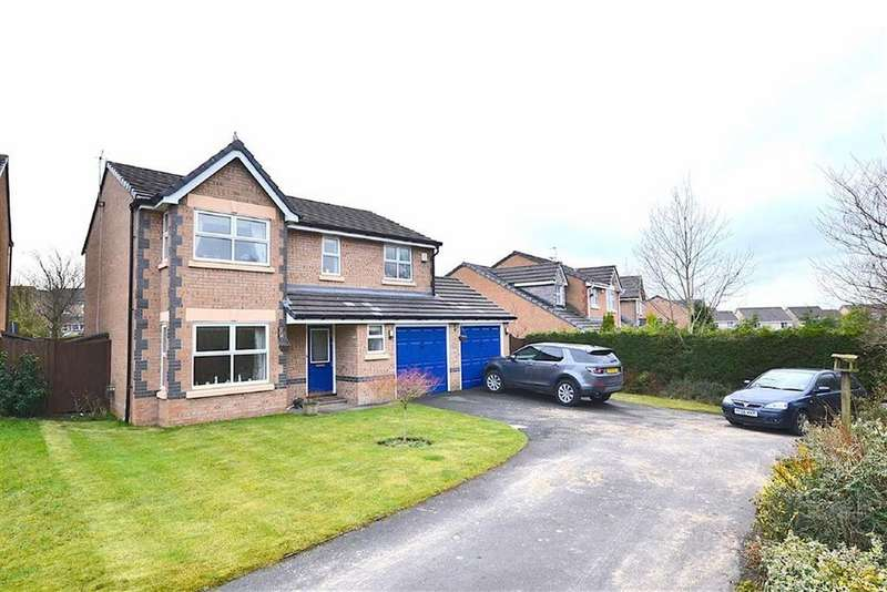 4 Bedrooms Detached House for sale in Sweet Clough Drive, Burnley, Lancashire
