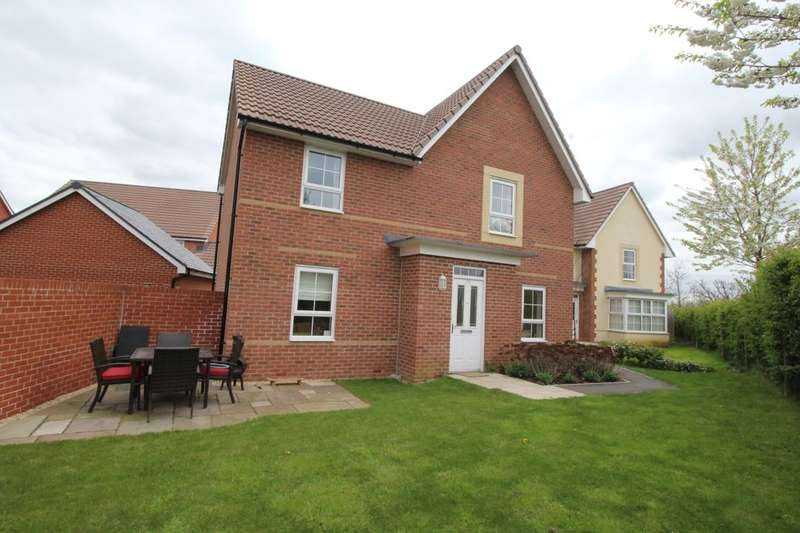 4 Bedrooms Detached House for rent in Rosemary Way, Melksham, SN12