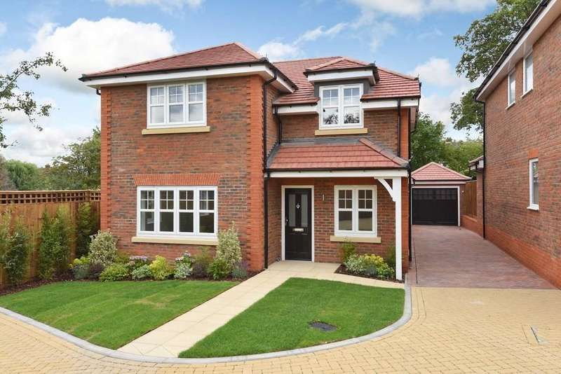 4 Bedrooms Detached House for sale in Birch Grove, Potters Bar, Herts