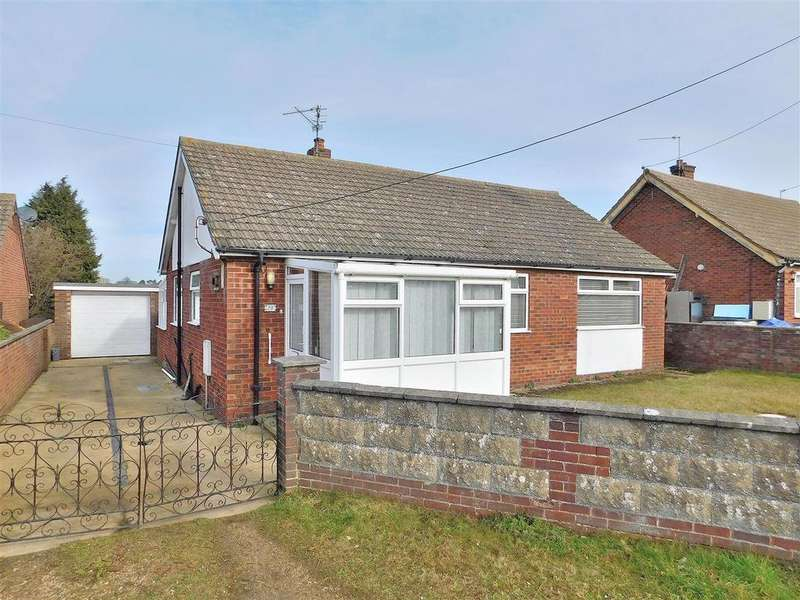2 Bedrooms Detached Bungalow for sale in Broadway, Heacham, King's Lynn
