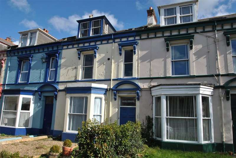 2 Bedrooms Apartment Flat for sale in Clovelly Road, Bideford