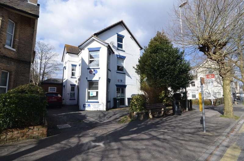 6 Bedrooms Land Commercial for sale in Stour Road, Christchurch