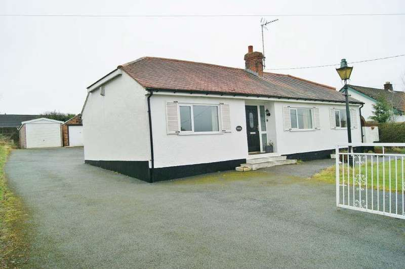 4 Bedrooms Detached Bungalow for sale in Waen Road, Coedpoeth