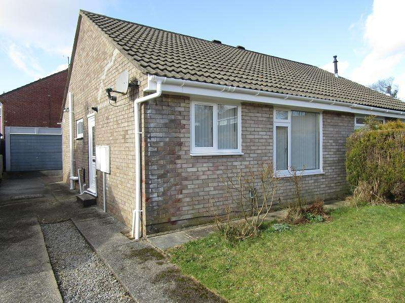2 Bedrooms Bungalow for sale in Heol Y Drudwen , Morriston, Swansea, City And County of Swansea.