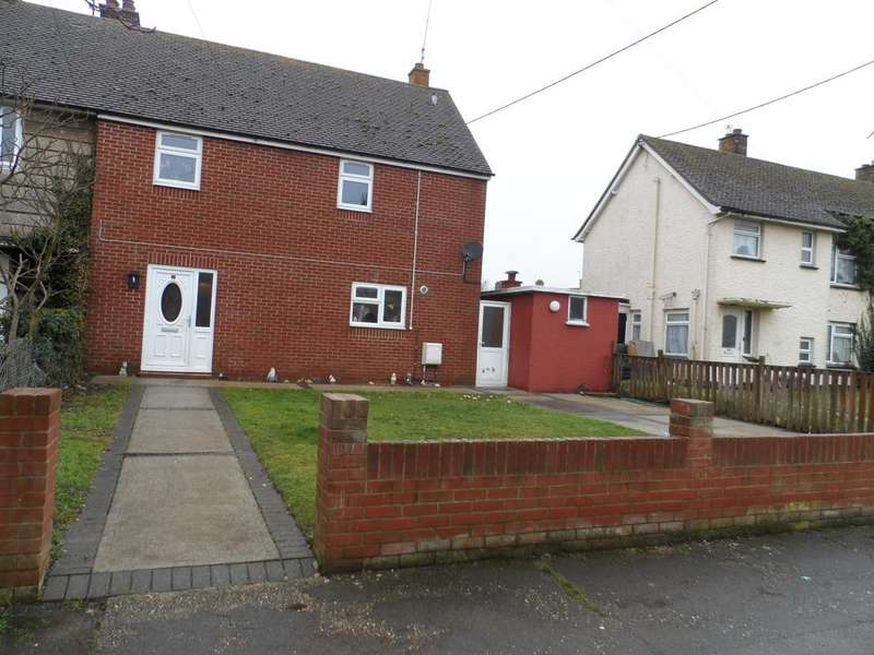 3 Bedrooms Semi Detached House for sale in Rochford Road, St Osyth