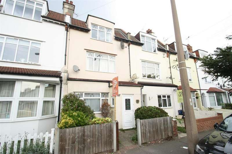 4 Bedrooms Town House for rent in Glendale Gardens, Leigh-On-Sea