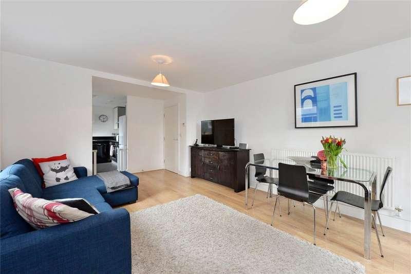 2 Bedrooms Flat for sale in Phoenix Heights East, 4 Mastmaker Road, London