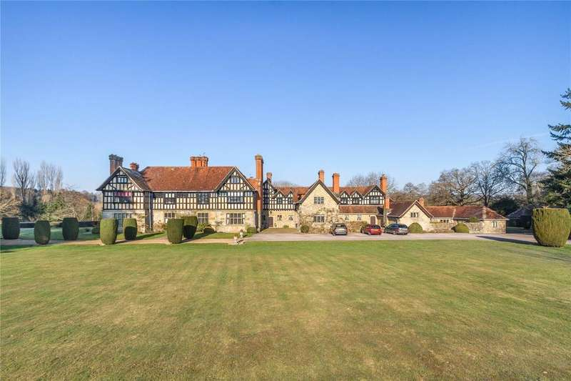 2 Bedrooms Apartment Flat for sale in Stedham Hall, Mill Lane, Stedham, West Sussex, GU29