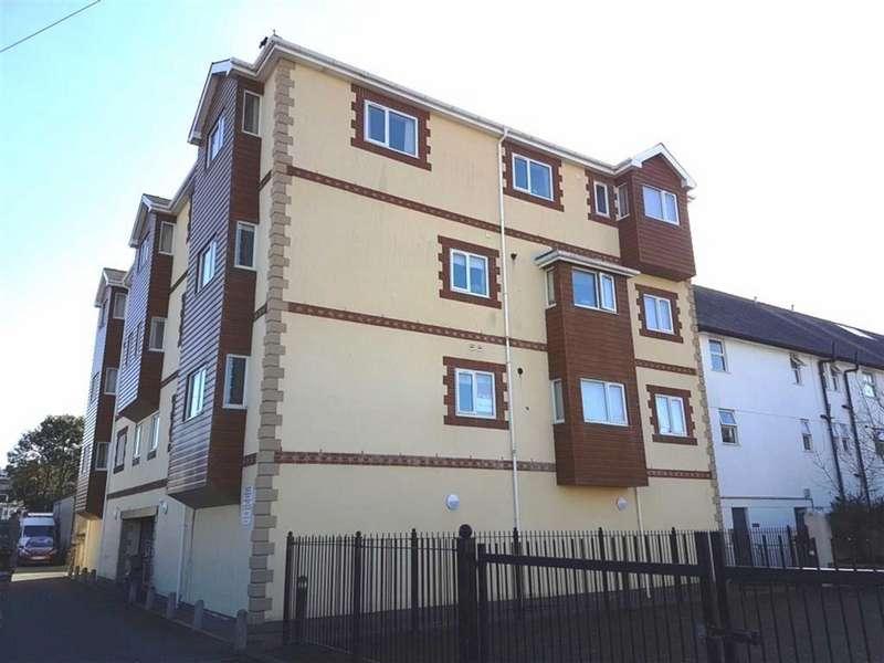 2 Bedrooms Apartment Flat for rent in Llys Emrys, Porthmadog