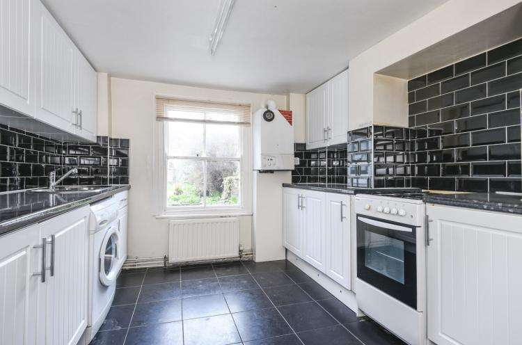 4 Bedrooms House for rent in Mercia Grove London SE13