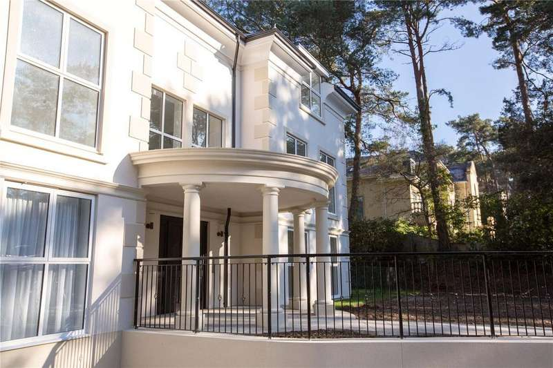 3 Bedrooms Flat for sale in Lilliput Road, Canford Cliffs, Poole, Dorset, BH14