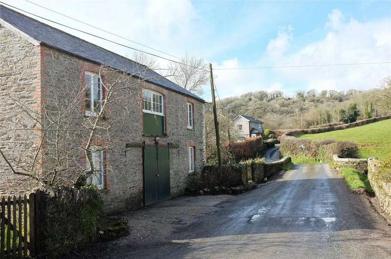 2 Bedrooms Unique Property for rent in Couchs Mill Barn, Couchs Mill, Lostwithiel, Cornwall, PL22
