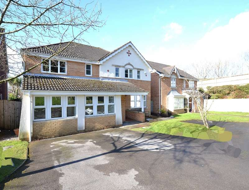 5 Bedrooms Detached House for sale in Bassetts Field, Thornhill, Cardiff. CF14 9UG