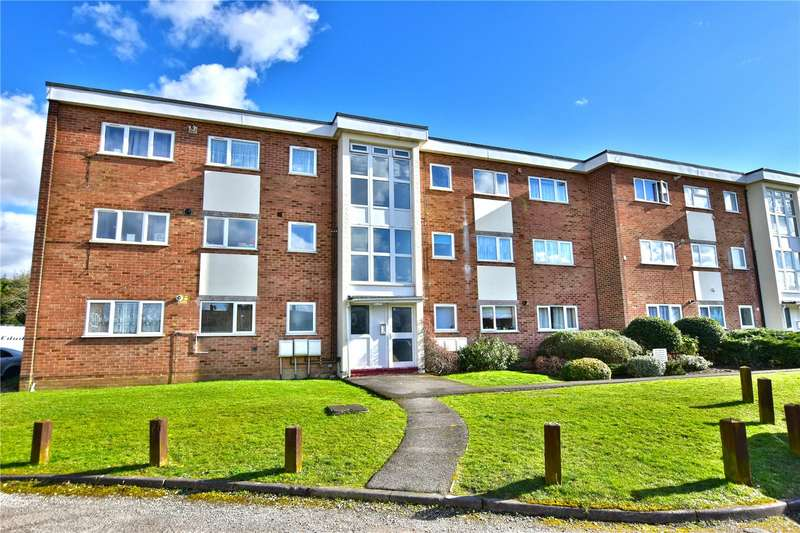 2 Bedrooms Flat for sale in Buttermere Place, Linden Lea, Watford, Herts, WD25