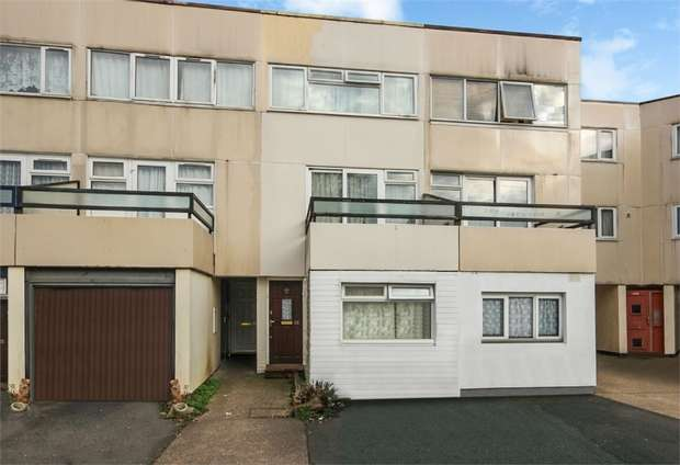 4 Bedrooms Terraced House for sale in Saxonbury Close, Mitcham, Surrey